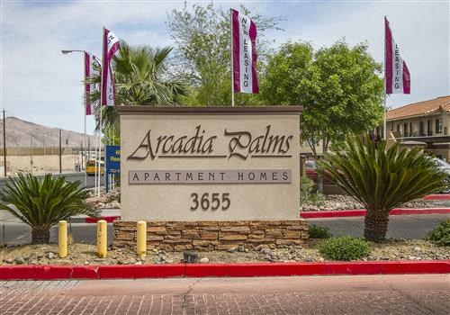 Arcadia Palms Apartments Community Thumbnail 1