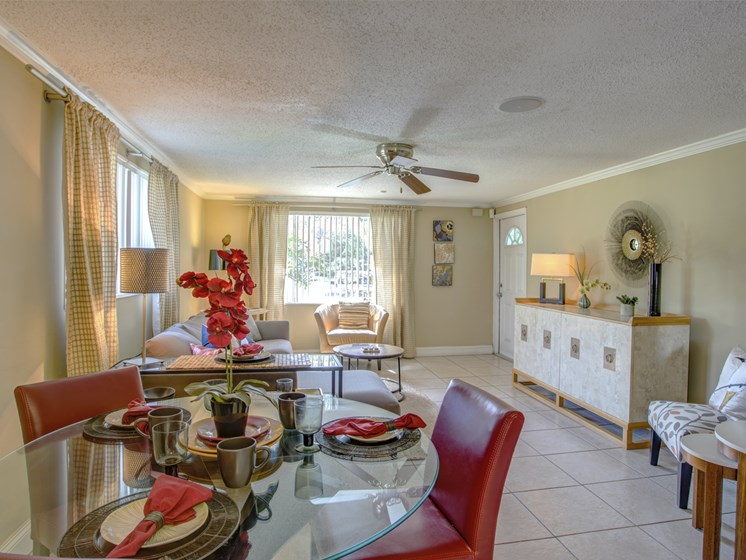Bungalow Oaks Dining Room Tampa FL