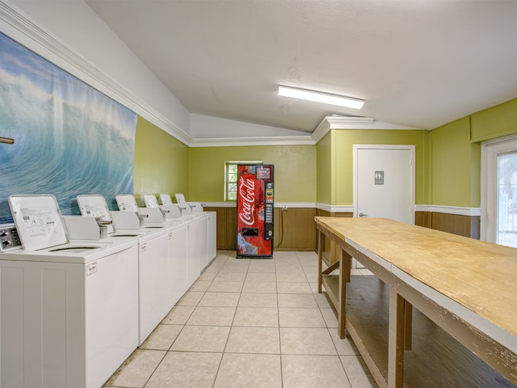 laundry room at Bungalow Oaks Tampa Florida