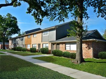 3920 NW 50th Street 1-3 Beds Apartment for Rent Photo Gallery 1