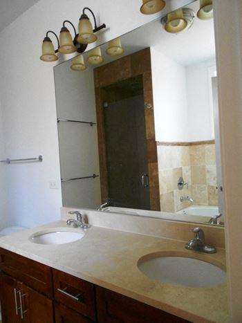 Rent luxury apartments in bronzeville chicago il rentcaf - 2 bedroom apartments in bronzeville chicago ...