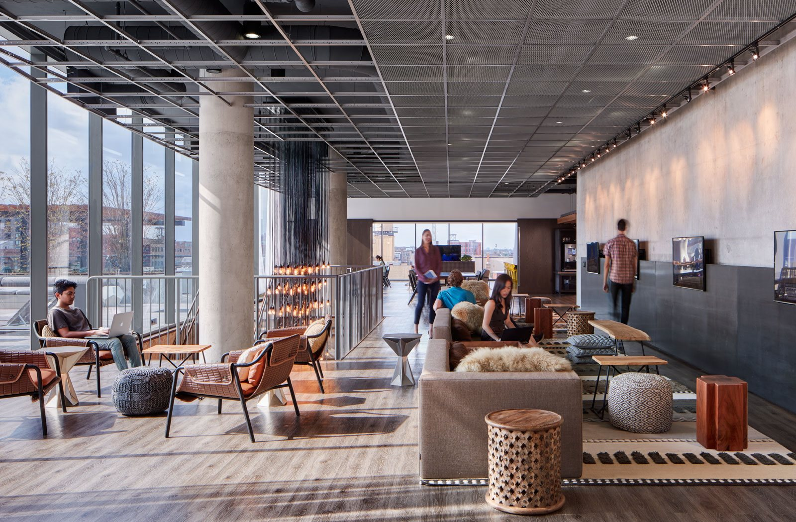 Luxury Apartments in Chicago | The Parker Fulton Market