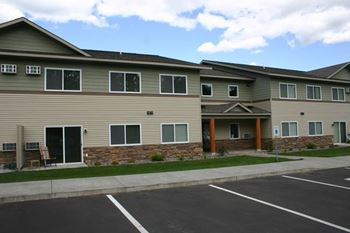2215 Conifer Ave 1-2 Beds Apartment for Rent Photo Gallery 1