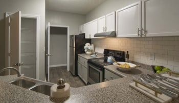 7703 Lee Rd. 1-2 Beds Apartment for Rent Photo Gallery 1