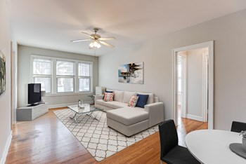 3240 Fremont Avenue South 1-2 Beds Apartment for Rent Photo Gallery 1