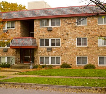 2017 Pillsbury Ave S 1-2 Beds Apartment for Rent Photo Gallery 1