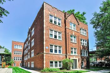 1820 W. Byron St. 2-4 Beds Apartment for Rent Photo Gallery 1