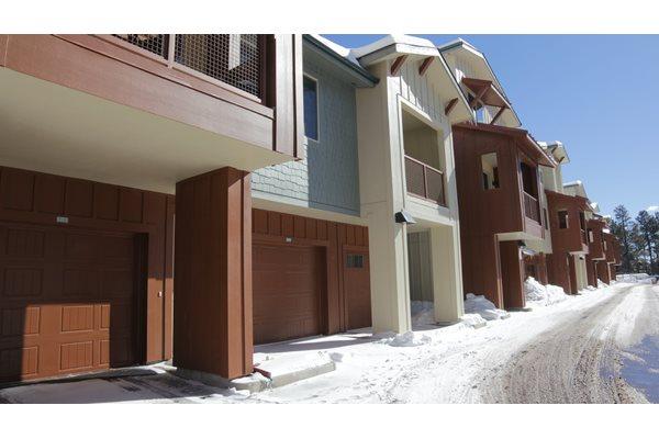 Mountain Trail Apartments Garages