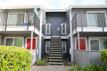 7550 Folsom Auburn Rd. 1-2 Beds Apartment for Rent Photo Gallery 1
