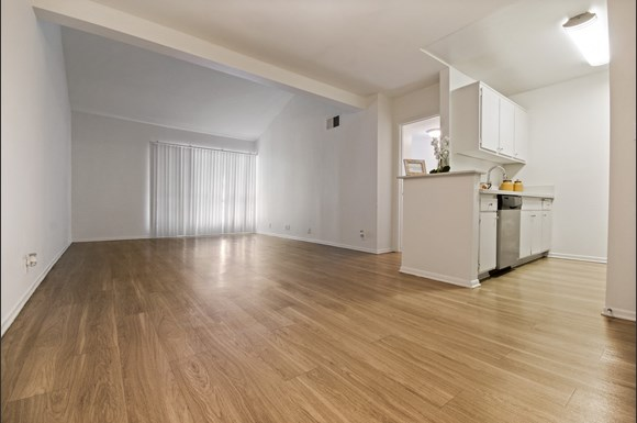 Balboa Court Apartments 16915 Napa Street Northridge Ca