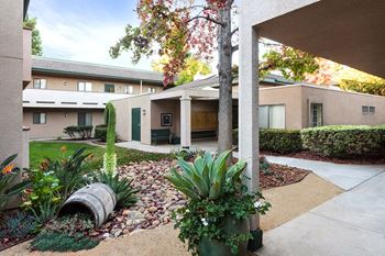 3060 53rd Street 1-2 Beds Apartment for Rent Photo Gallery 1