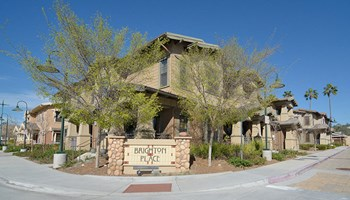 14045 Brighton Avenue 2-3 Beds Apartment for Rent Photo Gallery 1