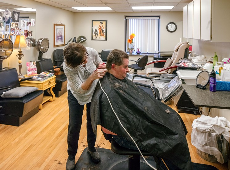 CreeksideVillage_Photo_Salon
