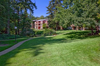10500 Southeast 26th Avenue 1-2 Beds Apartment for Rent Photo Gallery 1