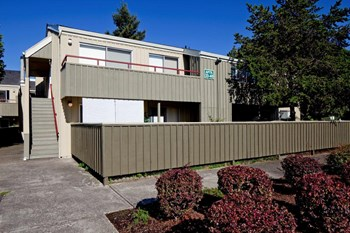 827 NE 99th Avenue 1-2 Beds Apartment for Rent Photo Gallery 1