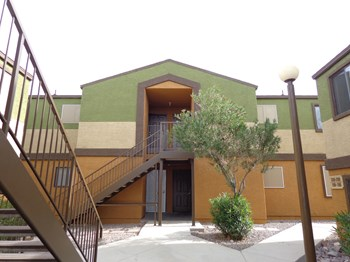 3475 McCormick Boulevard 1 Bed Apartment for Rent Photo Gallery 1