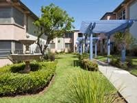 Bay Street Garden Apartments Community Thumbnail 1