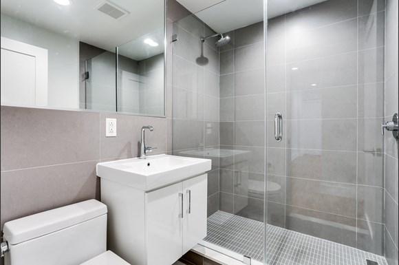 501 12th street luxury bathroom