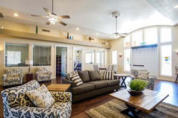 1771 East McMurray Boulevard 1-2 Beds Apartment for Rent Photo Gallery 1