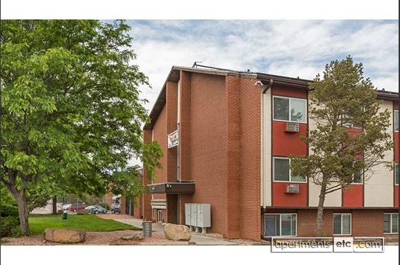 The Remington Apartment Homes 3341 E Fountain Blvd Colorado Springs Co Rentcaf