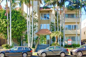 4573 Willis Avenue 1-3 Beds Apartment for Rent Photo Gallery 1