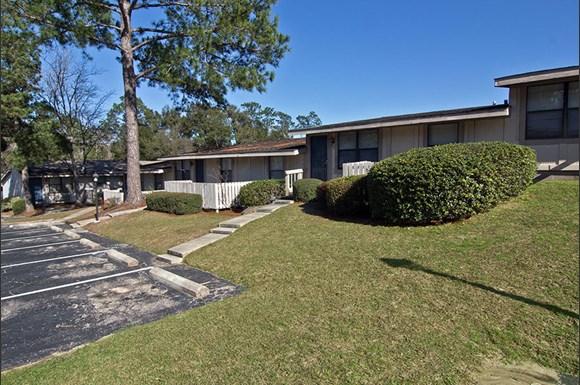 Berry Pines Apartments, 6290 Berryhill Road, Milton, FL ...