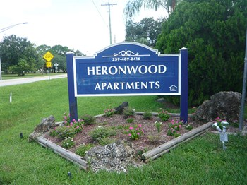 13809 Heronwood Lane SW 1-2 Beds Apartment for Rent Photo Gallery 1
