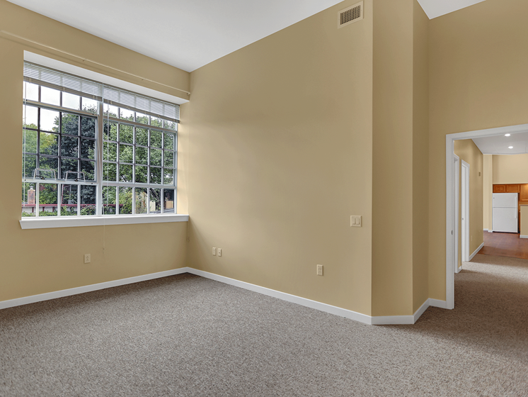 Bellefonte, PA Apartments | Bellefonte Mews | Property Management, Inc.