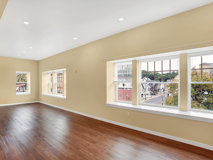 Open Floor Plan Apartment in Bellefonte, PA | Bellefonte Mews | Property Management, Inc.