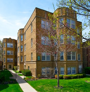 1412-1414 N. Austin Blvd. 1-2 Beds Apartment for Rent Photo Gallery 1