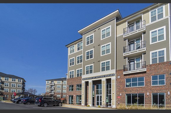Meridian At Sutton Square Apartments 700 Spring Falls