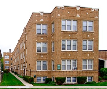 532 Desplaines Ave. Studio-1 Bed Apartment for Rent Photo Gallery 1