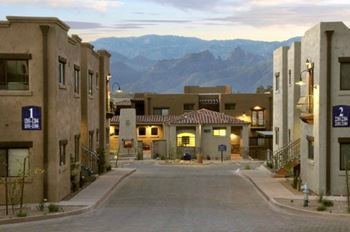 9855 E. Speedway Blvd 1-3 Beds Apartment for Rent Photo Gallery 1