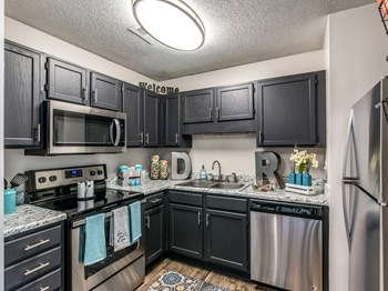 3971 River Pointe Place 1-2 Beds Apartment for Rent Photo Gallery 1
