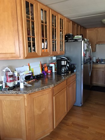 5209 S. LeClaire Ave, Unit 3C 2 Beds Apartment for Rent Photo Gallery 1