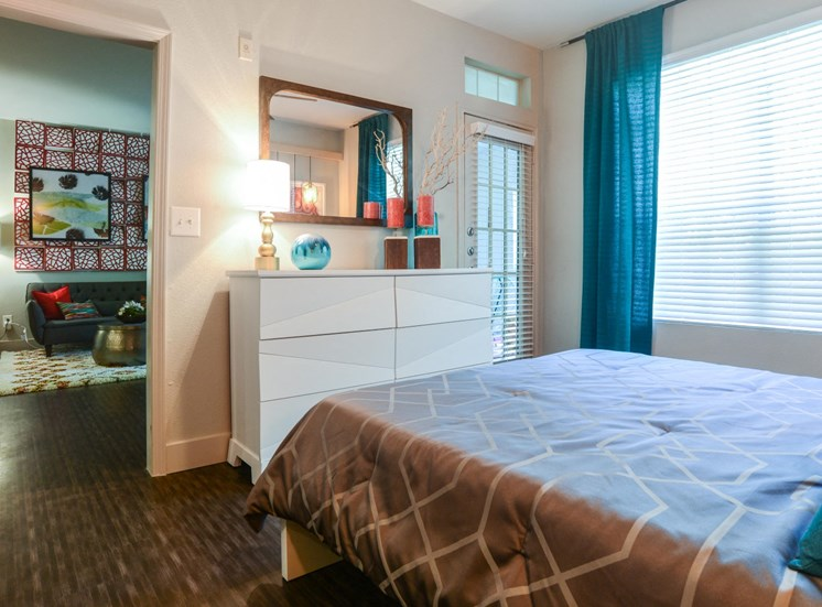 Large Bed at Ellie Apartments, Texas, 78741
