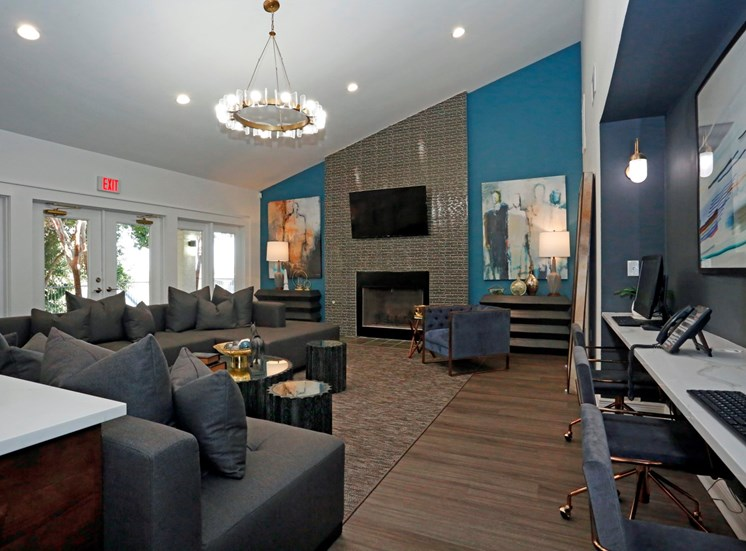 Entertainment Bar at Ellie Apartments, Austin, 78741