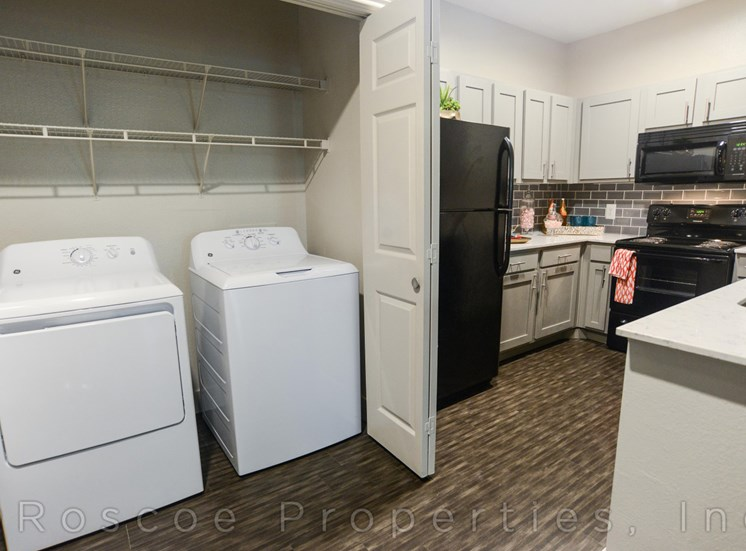 laundry_east_riverside_apartments