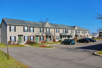 7500 Yellow Wood Lane 2-4 Beds Townhouse for Rent Photo Gallery 1