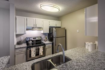 19532 One Norman Blvd 1-3 Beds Apartment for Rent Photo Gallery 1