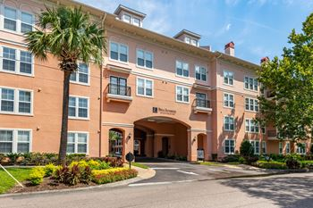 2054 Riverside Avenue 1-3 Beds Apartment for Rent Photo Gallery 1