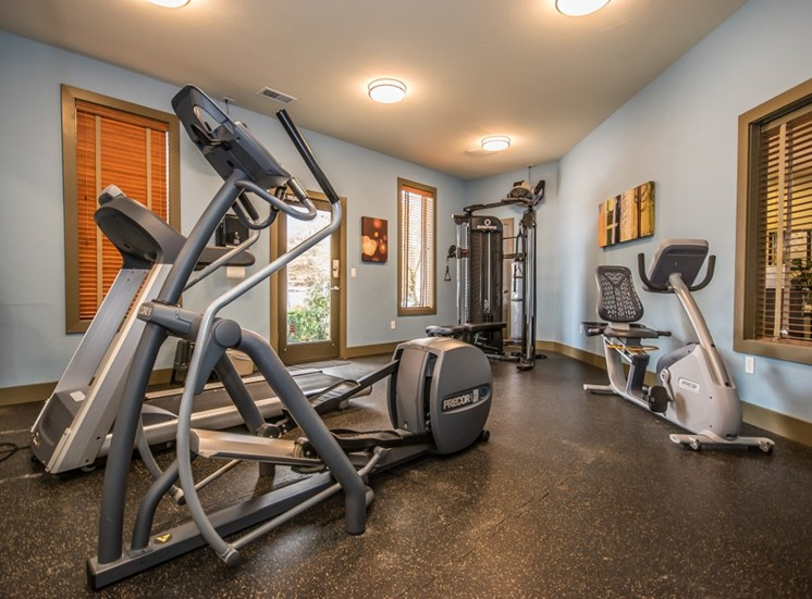 Arnada Pointe, Vancouver, WA has Fully Equipped Fitness Center