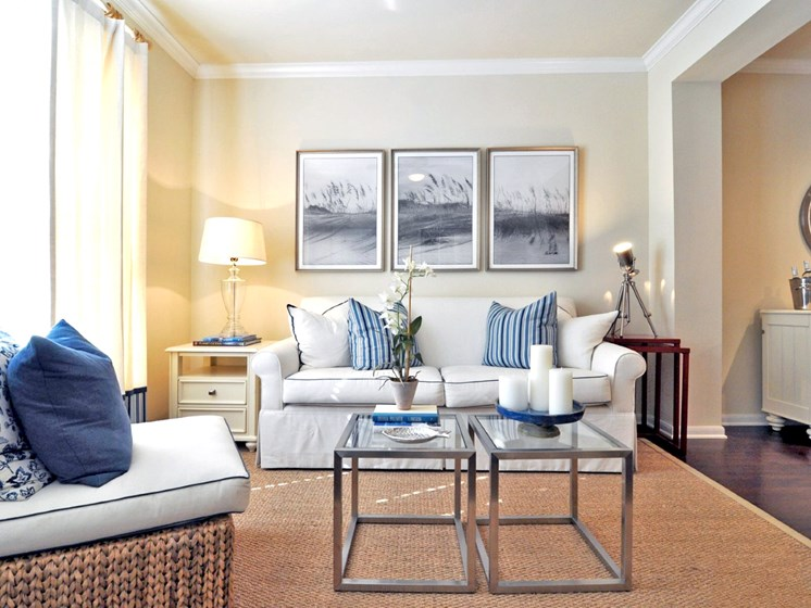 Beacon Lakes Apartments, Dickinson, TX,77539 has Resident Clubhouse with Catering Kitchen