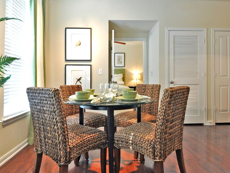 Separate Dining Area With Modern Lighting at Beacon Lakes Apartments, Dickinson, 77539