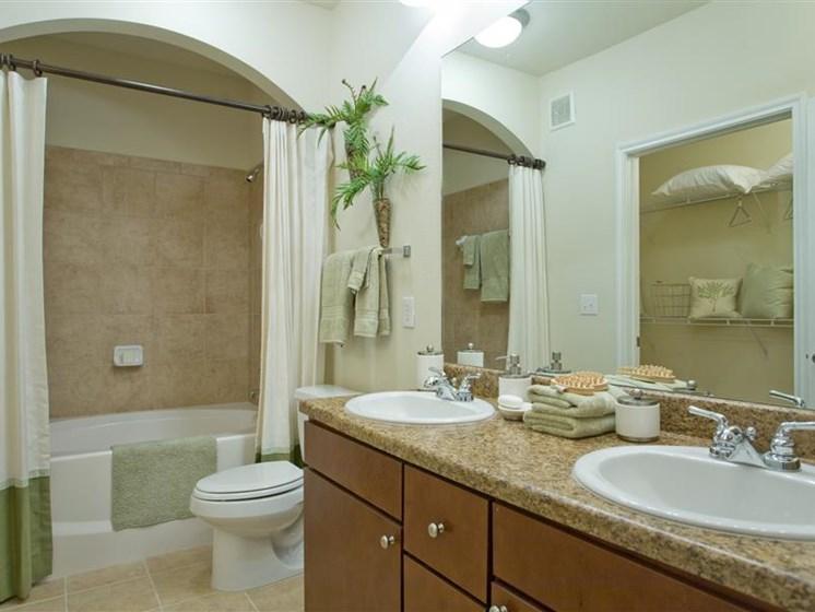 Spacious Bathroom And Linen Closets In Bath Beacon Lakes Apartments, TX