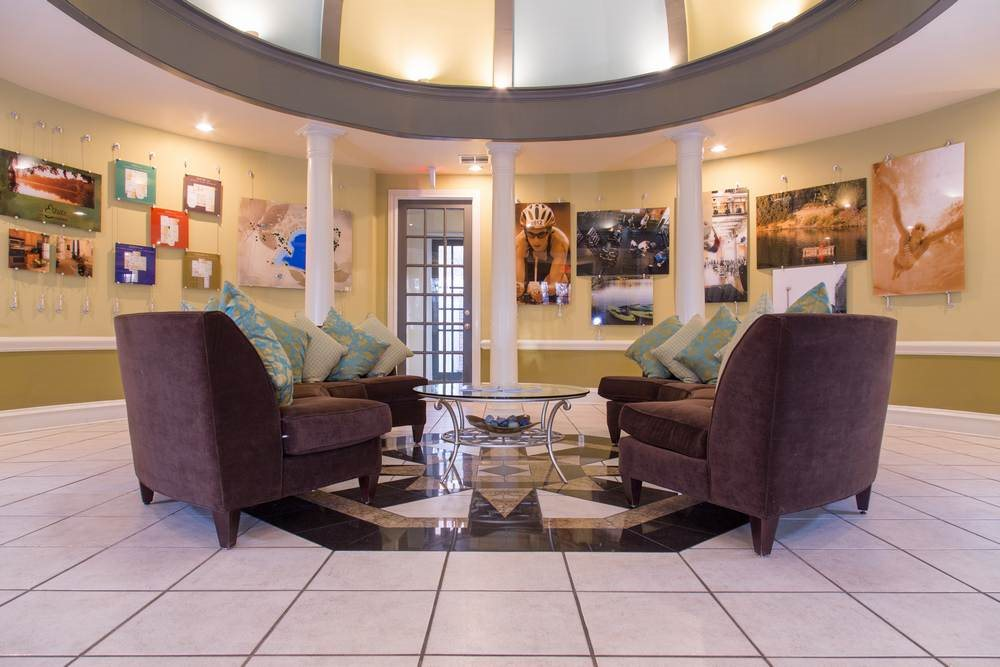 Relaxing Resident Lounge at Estate on Quarry Lake Apartments, Austin, TX