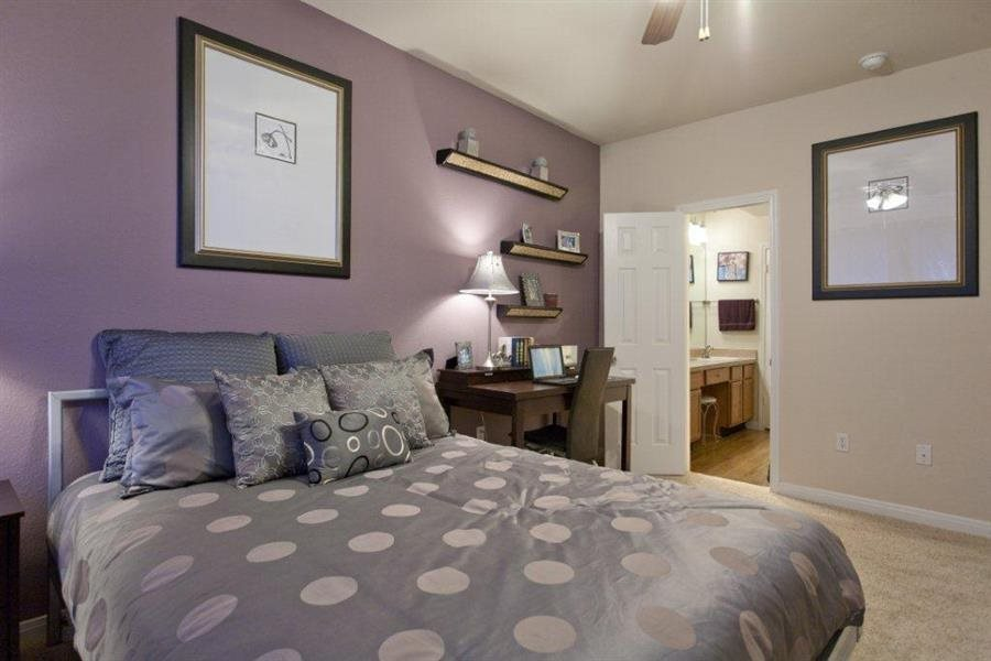 Live in cozy bedrooms at Estate on Quarry Lake Apartments, Austin, TX,78759