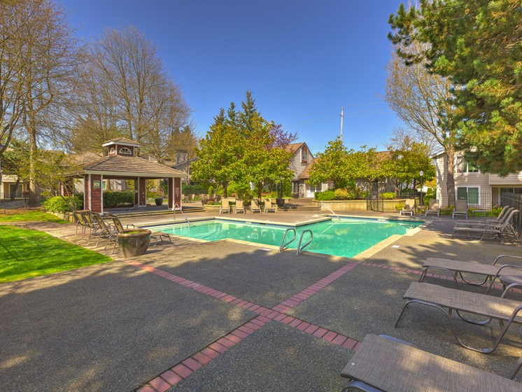 Sparkling Pool at Fulton's Crossing Apartments, Everett, WA, 98208