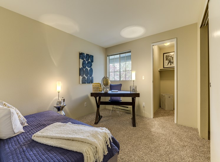 Beautiful Master Bed Rooms With Wall-to-Wall Carpeting at Fulton's Crossing Apartments,120 SE Everett Mall Way, Washington