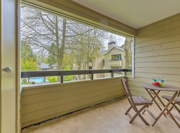 Private patios And Balconies at Fulton's Crossing Apartments, Everett, 98208